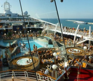 The pool area on MSC Divina