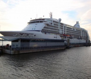 Seven Seas Voyager visits Liverpool