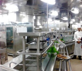 Where all that amazing food comes from - a galley tour of Ryndam