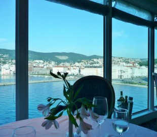 Sailaway from Trieste Azamara Quest Aqualina Restaurant
