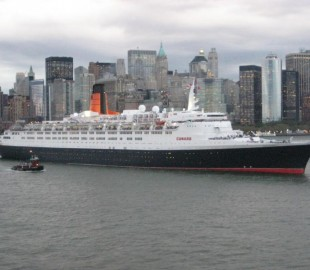 The QE2 on her last Transatlantic crodsing