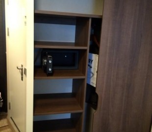 Wardrobe - shelves