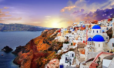 Santorini Sets To Ban Cruise Tourists Next Year