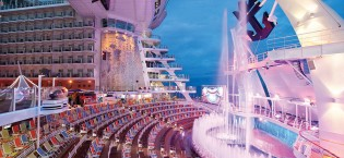 Aqua Theatre - Royal Caribbean