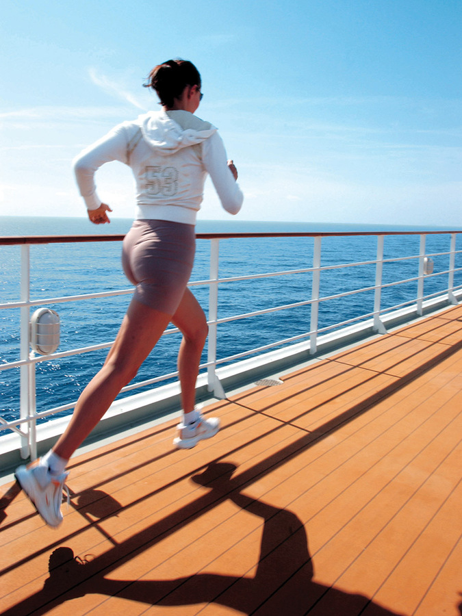 Cruise ship jogging track