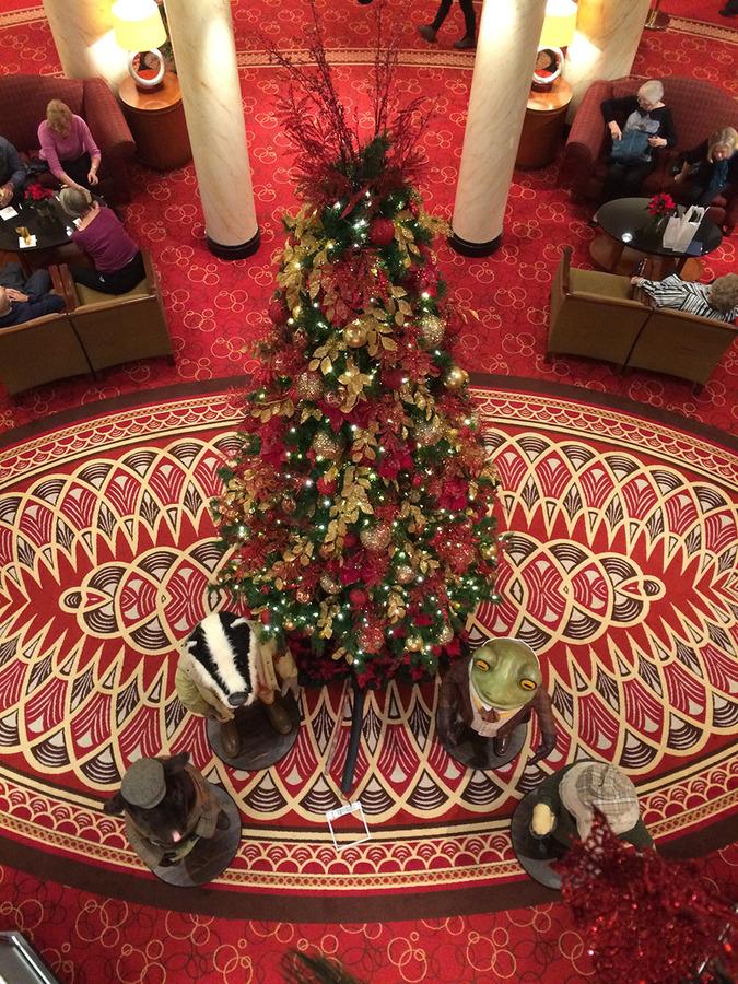 Christmas tree on the QM2