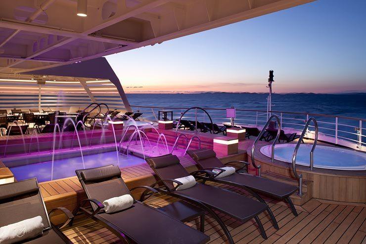 Seabourn-cruises-WhirlPool-OSQ_022111[1]