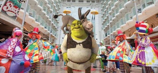 Parade_A-MG_Shrek_944x435[1]