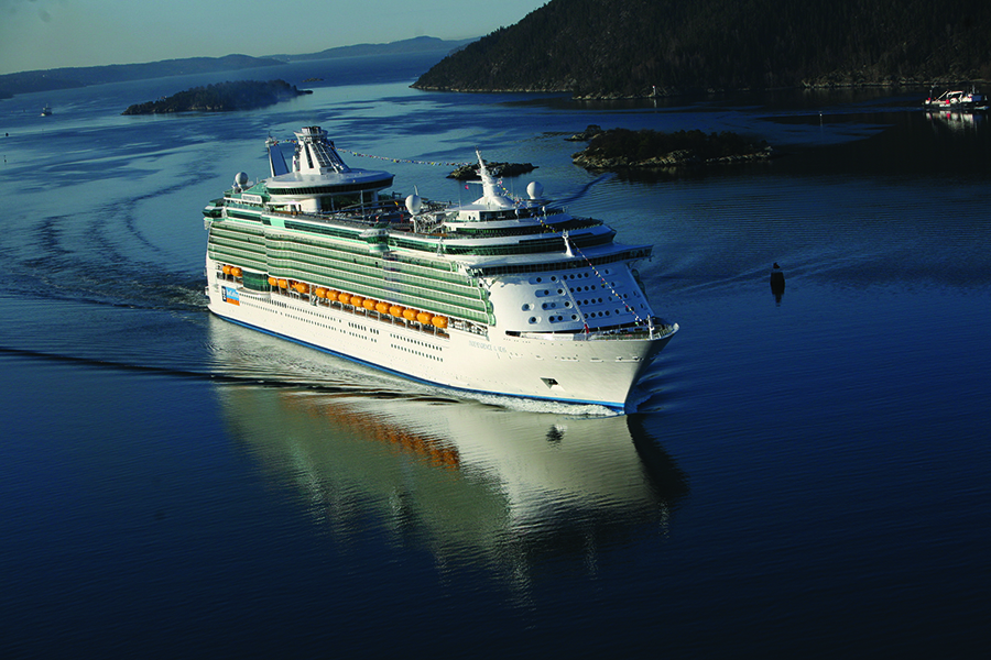 Independence of the Seas sails into Oslo