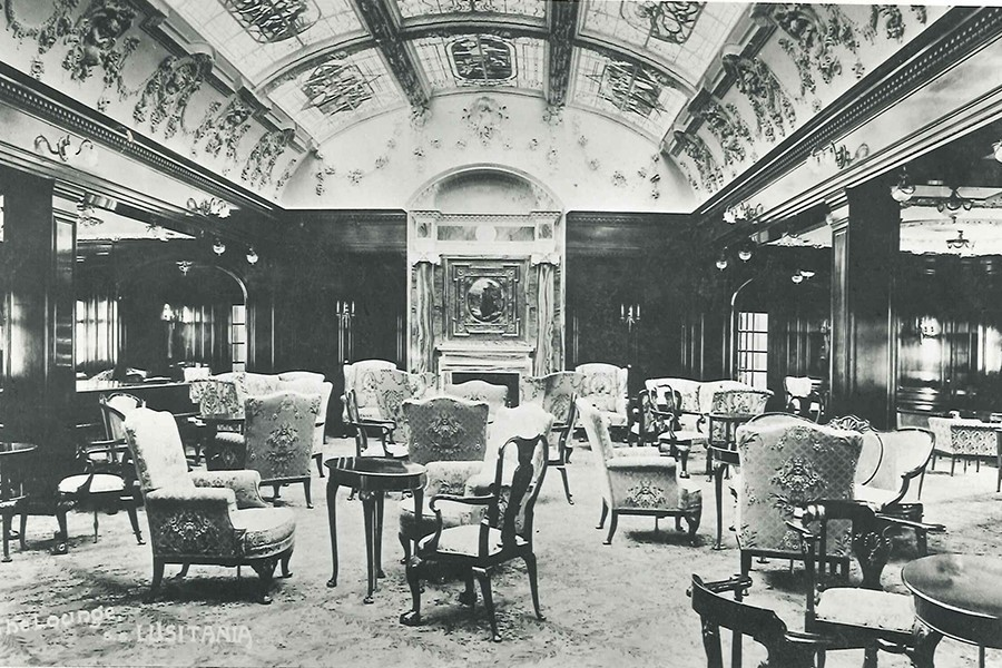 Lounge on lusitania