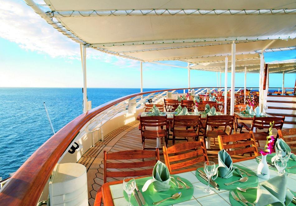 Seabourn al fresco dining