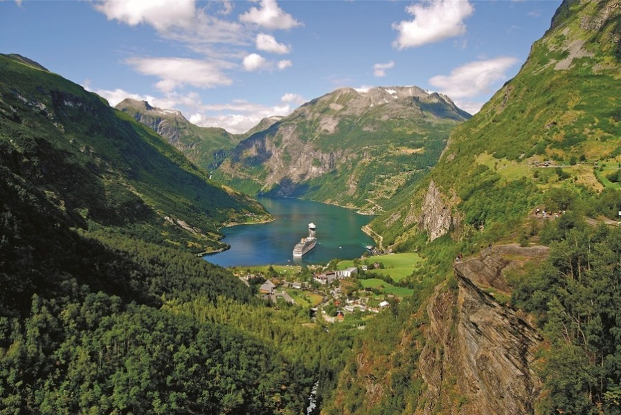 Arcadia, Fjords