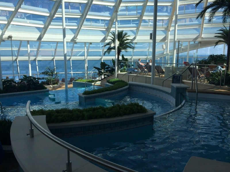 Four level solarium pool