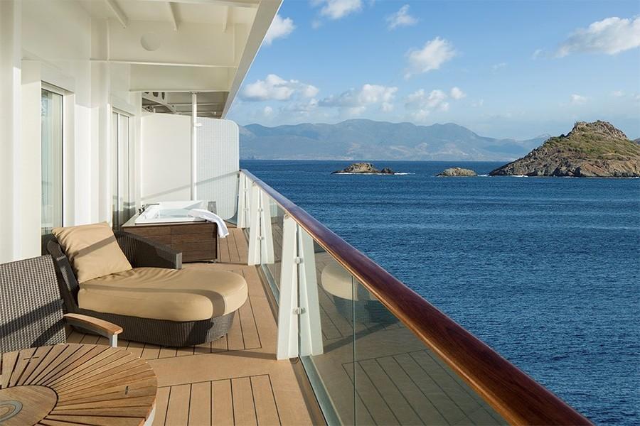 Balcony cabin