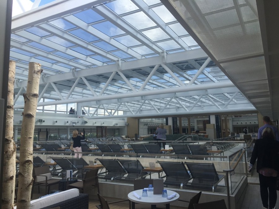 Viking Star pool area