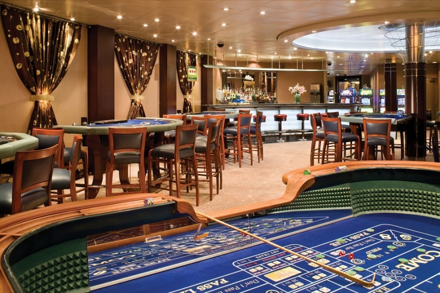 Casino - Deck 7 Midship Seven Seas Mariner - Regent Seven Seas Cruises