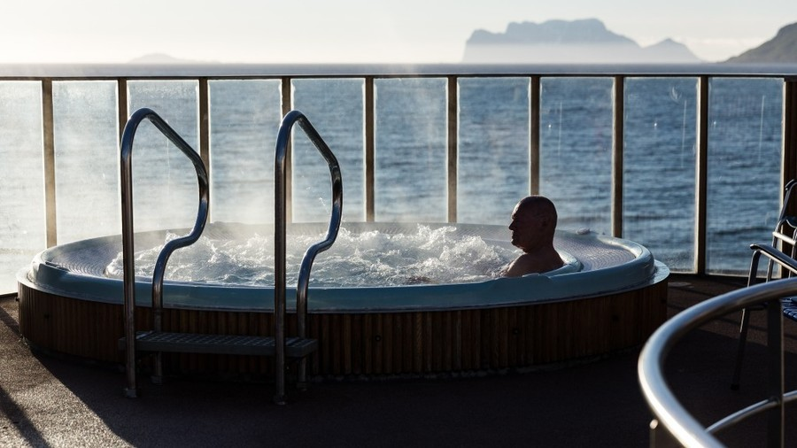 Relax with hurtigruten cruises