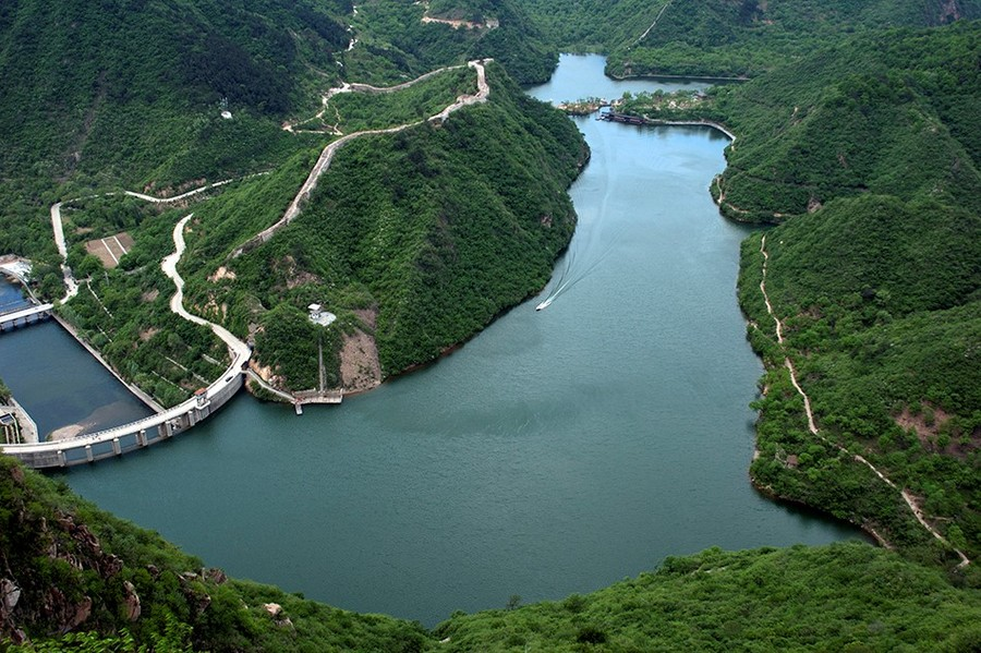 great wall of china river