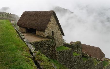 Macch Pichhu hut