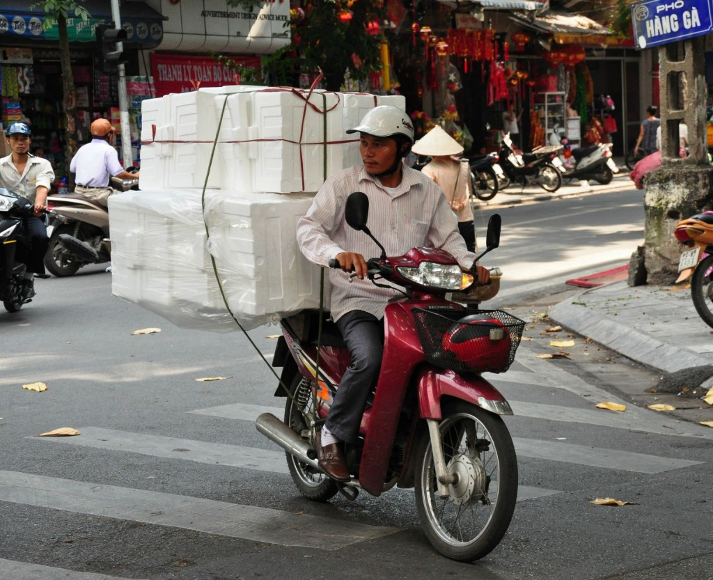 transporting goods in vietnam