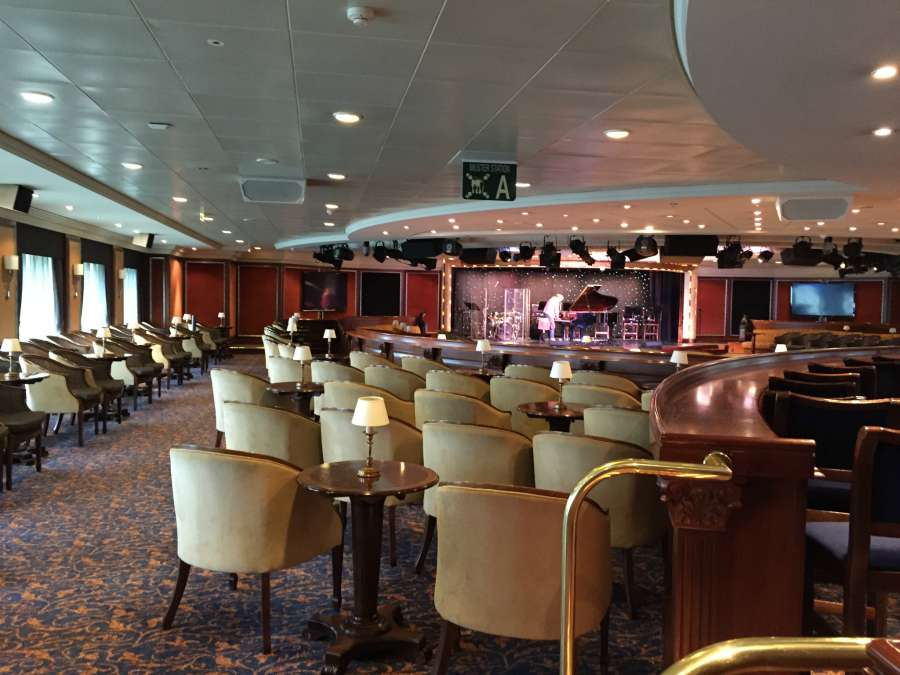show lounge