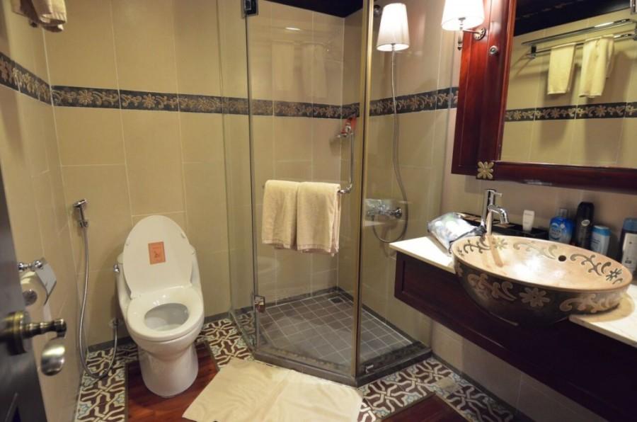 bathroom ship