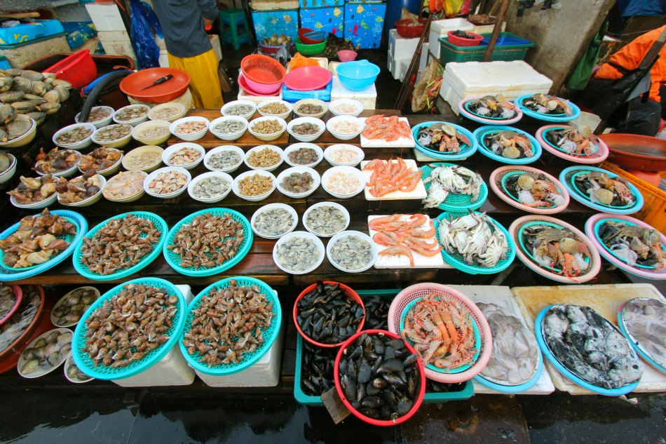 Busan fish market street food