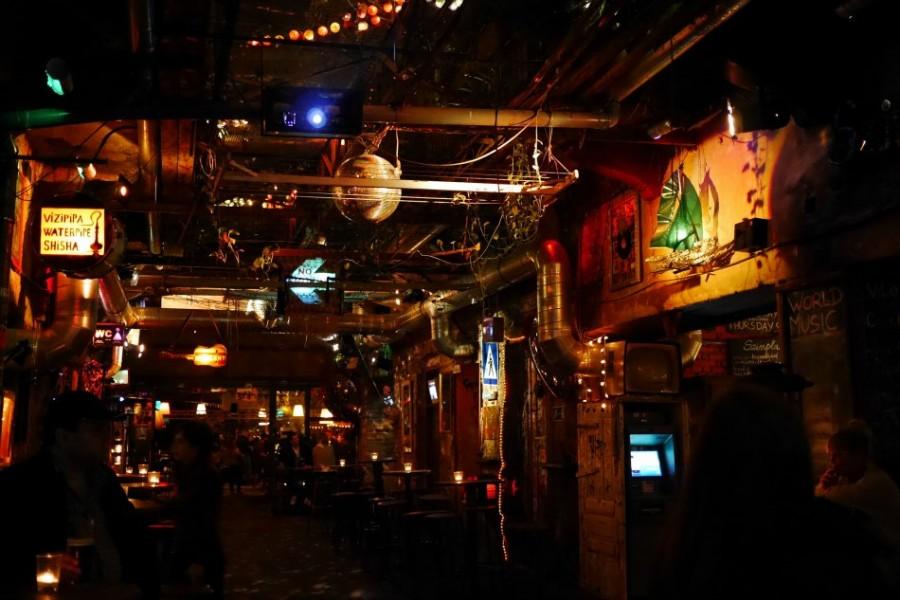 Ruin bars