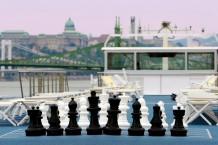 river cruise chess game
