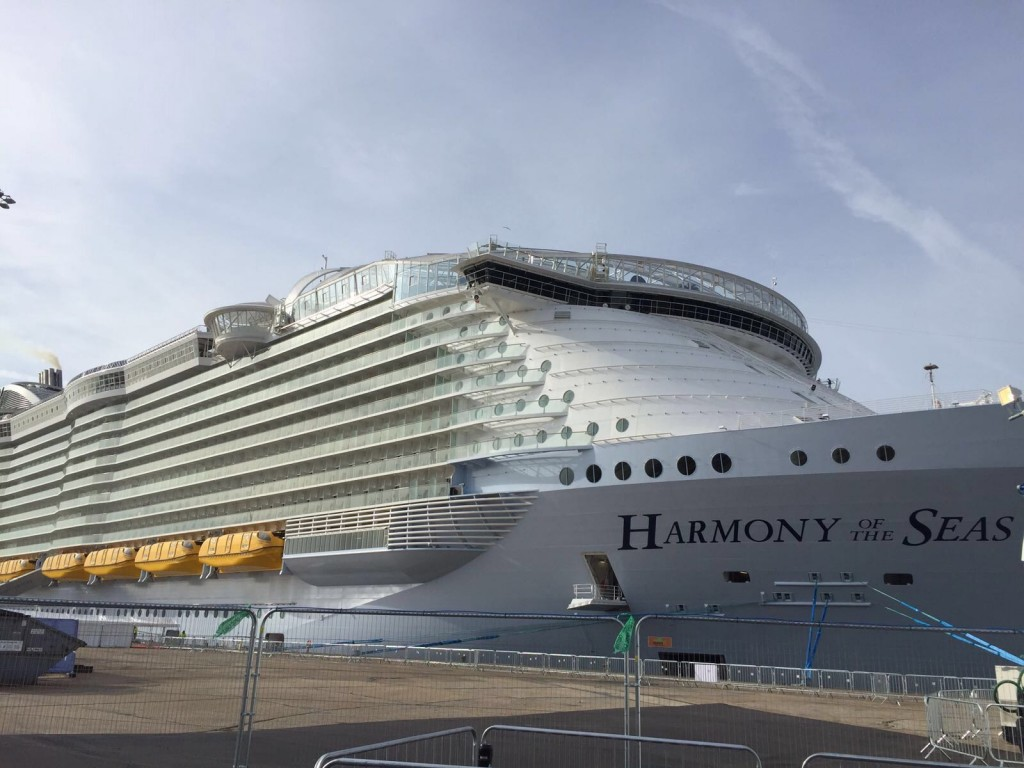 Harmony of the Seas exterior