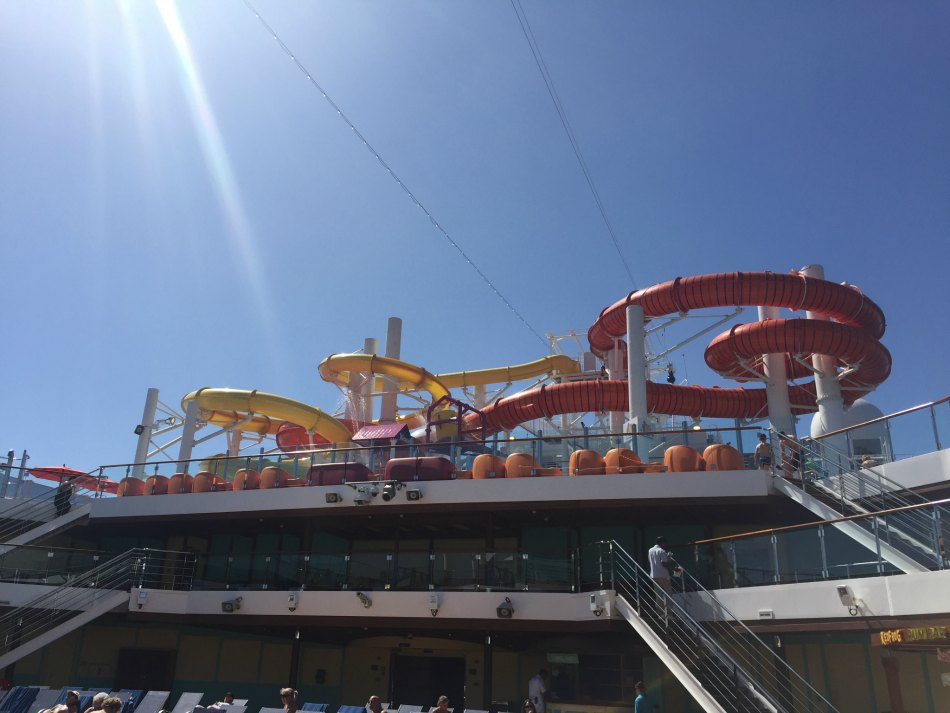carnival vista pools