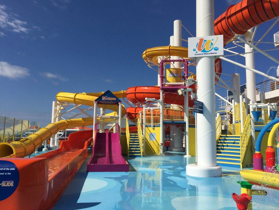 carnival vista splash area