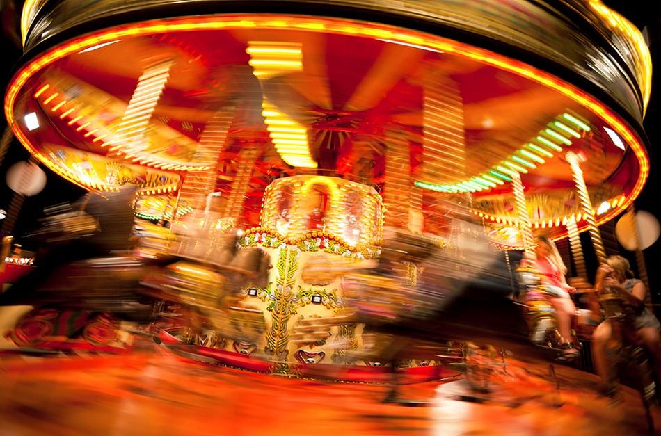themepark carousel