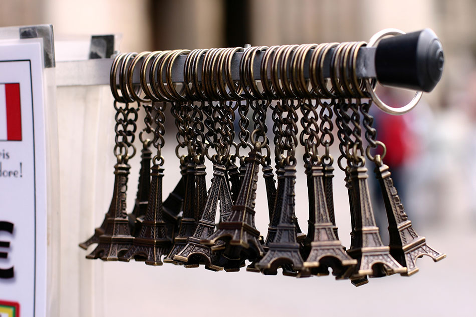 eiffel tower souvenirs from paris