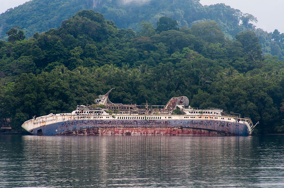 MS World Discoverer shipwreck in Solomon Islands