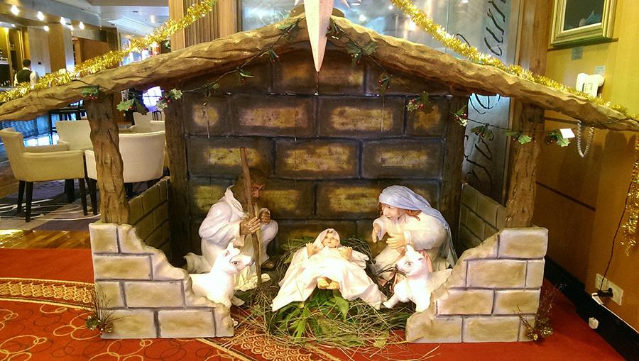 Nativity scene on QM2