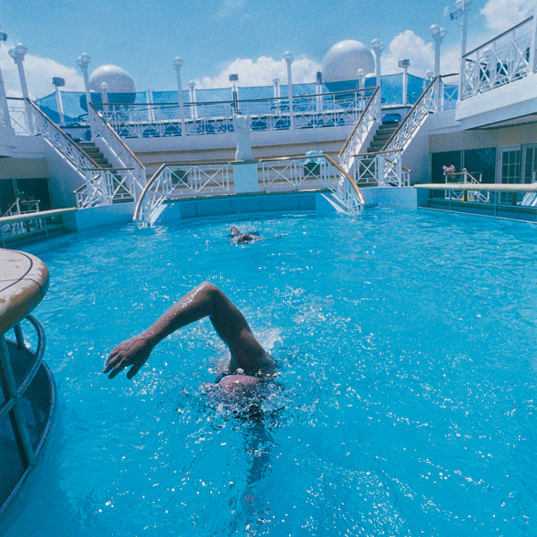 Make a Splash With These: Top 13 Perfect Cruise Pools