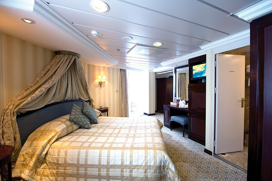 Five of P&O's Weirdest Cruise Cabins: Connect Four & Lofty Heights