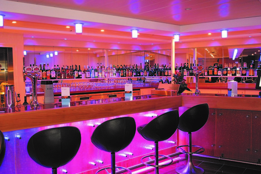 bar - thomson cruises