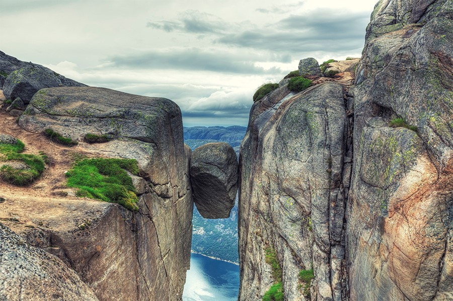 Eight Views Of Norway That Will Absolutely Terrify You