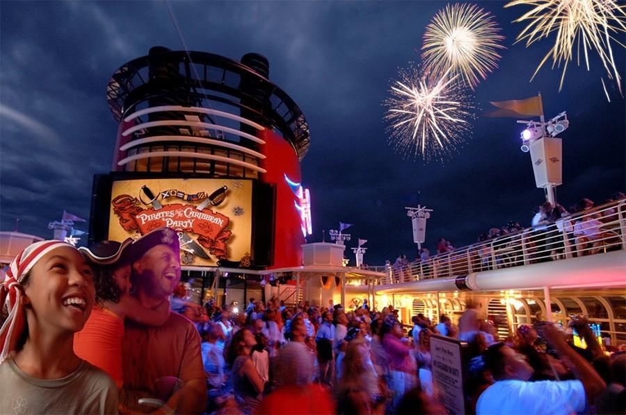 Disney Try To Disneyfy Halloween And Christmas Cruise
