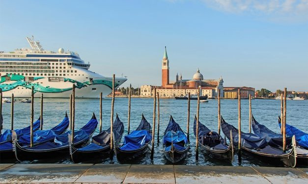 Venice Elects Pro Cruise Mayor