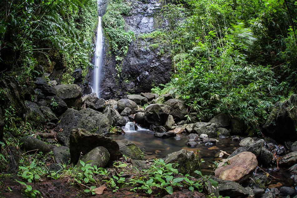 bora bora waterfall