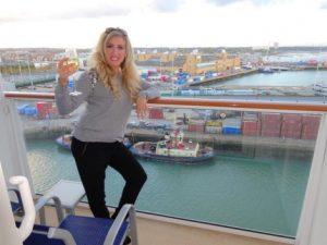 travel agent free cruise