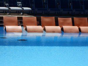 Ovation pool