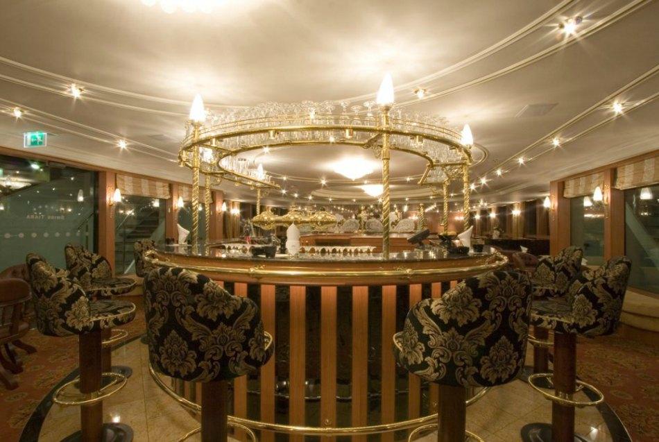 riveria lobby