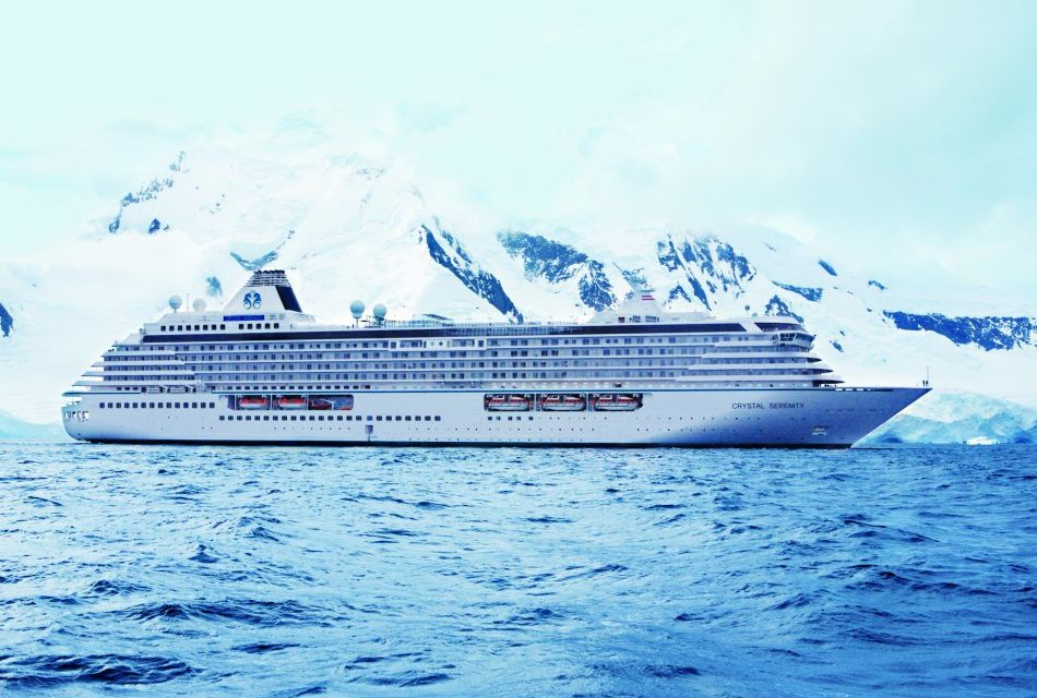 Luxury Cruise Line Orders Eight New Ships