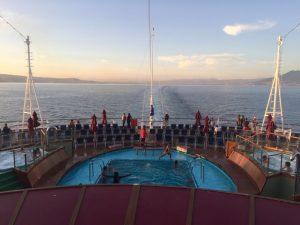 carnival vista pool