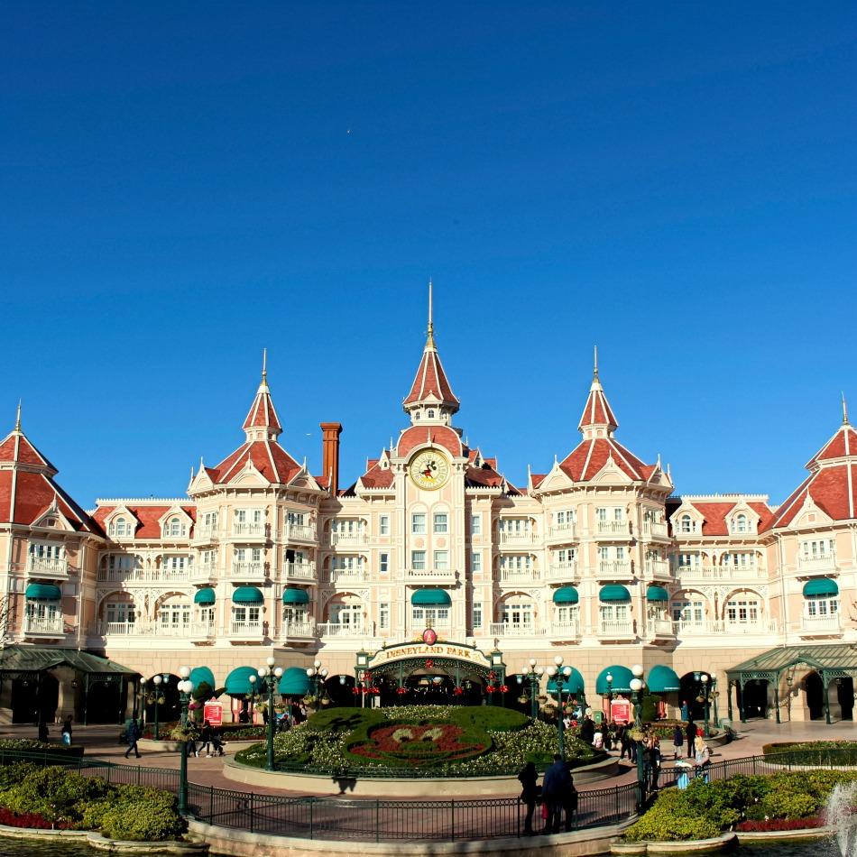 Cruise to Disneyland Paris
