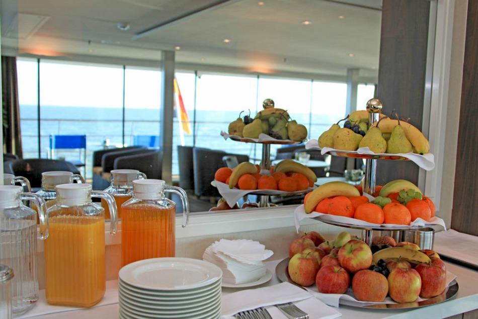 breakfast in Avalon lounge